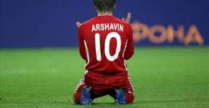 Arshavin - Getting greedy now...